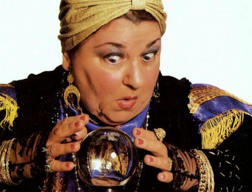 В ЕАО пенсионерка поверила лжецелительнице и лишилась золотых украшений