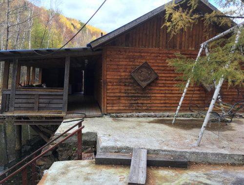 Законность возведения «ничейной» бани на землях лесничества в Облученском районе проверяет управление лесами ЕАО