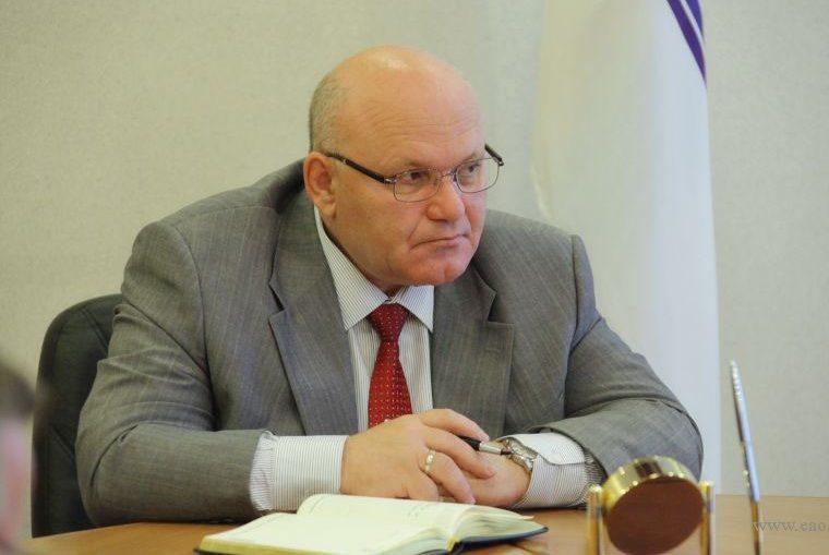 Экс-губернатор ЕАО на скамье подсудимых: уголовное дело Александра Винникова направлено в суд