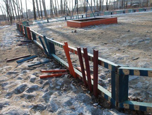 При строительстве детской площадки в Смидовиче использовался бэушный стройматериал — ОНФ обратился в прокуратуру