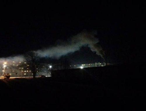 Жители Бумагина задыхаются от дыма из гаражей