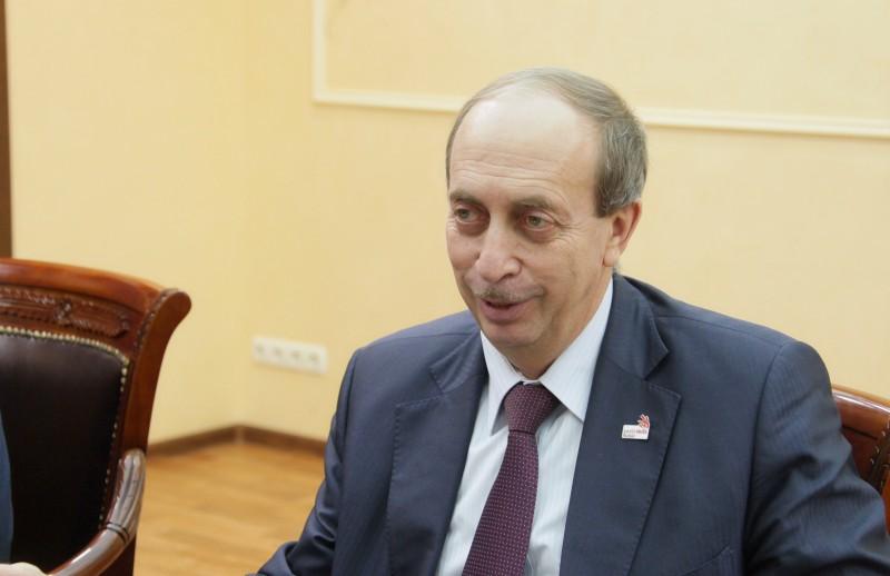 Александр Левинталь попал в число «середняков» по доходам среди губернаторов