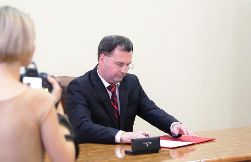 Сергей Солтус официально вступил в должность главы Биробиджанского района