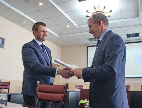 «Звание мэра ещё нужно заслужить»: Александр Головатый вступил в должность градоначальника