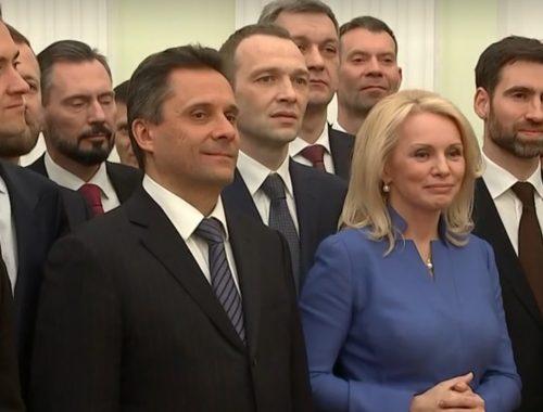 Бывший вице-губернатор ЕАО Алексей Куренков получил диплом выпускника высшей школы госуправления