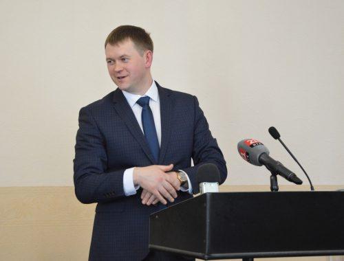 Ниже падать некуда: Александр Головатый занял последнее место в национальном рейтинге мэров