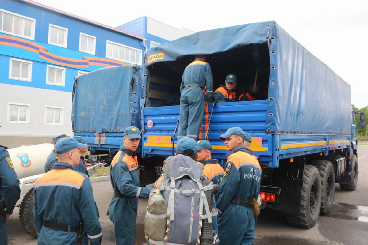 МЧС доставило в ЕАО 10 водоналивных дамб для защиты от наводнений