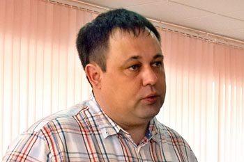 Письмо в газету: где в городе Облучье обитает заезжий политтехнолог Илья Паймушкин?
