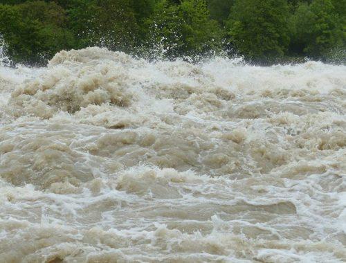 В Благовещенске уровень воды в Амуре практически достиг 2013 года