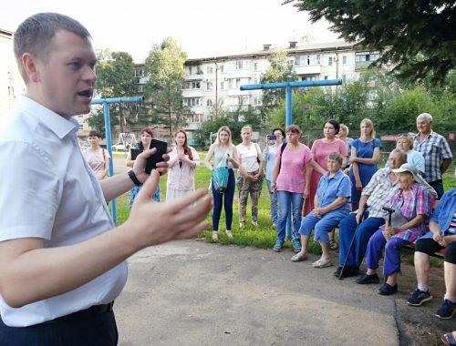 Мэр Головатый пошёл в народ и продемонстрировал невежество в вопросах тарифообразования