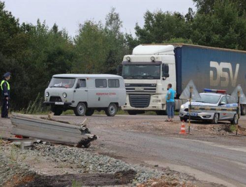 Воду и пищу подвозят водителям, застрявшим в многокилометровой пробке на федеральной трассе в ЕАО
