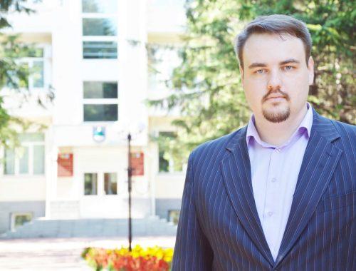 Владимир Сахаровский: Пусть каждый получает по заслугам!