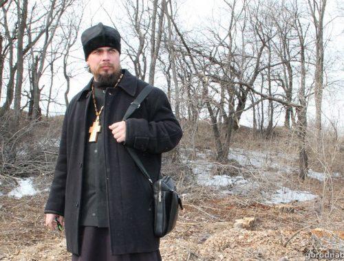 Глава Биробиджанской епархии РПЦ отстранил от служения подозреваемого в растлении детей священника