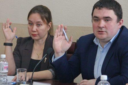 Уставный кризис в городской Думе: партия власти пожинает то, что сама посеяла