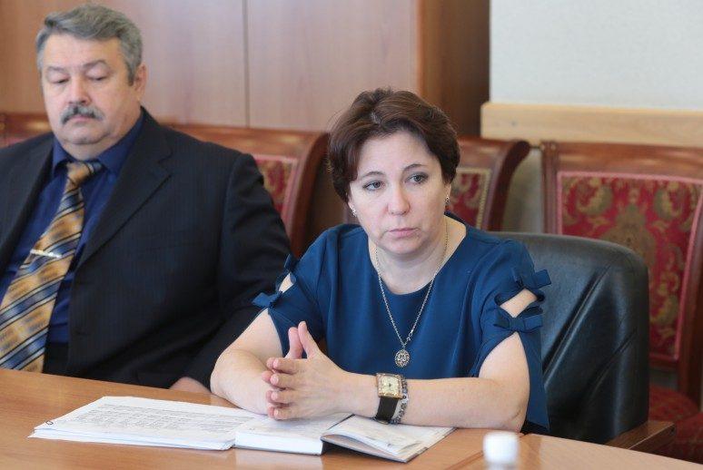 «Смена приоритетов»: в Октябрьском районе чиновники хотят увеличить себе зарплаты за счёт уменьшения средств на школьные завтраки?