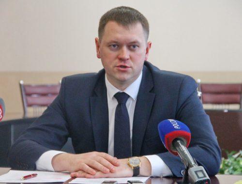 Мэр Головатый объяснил, почему школы Биробиджана оказались не готовы к массовым эвакуациям в зимний период