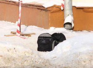 В Биробиджане эвакуировали школу №8 из-за пакета со «сменкой»