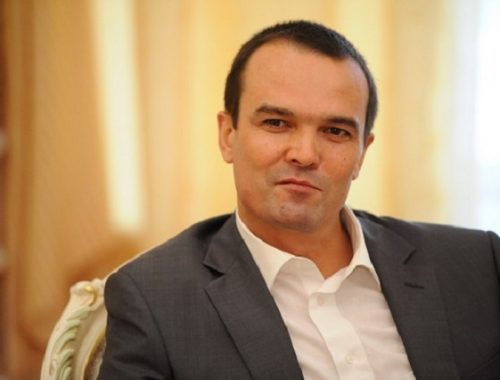 Экс-глава Чувашии оспаривает свою отставку в суде