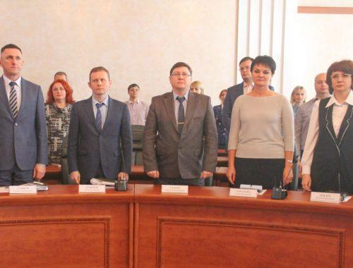 В первых рядах – цвет областной прессы: кого Гольдштейн поздравлял с Днём российской печати?