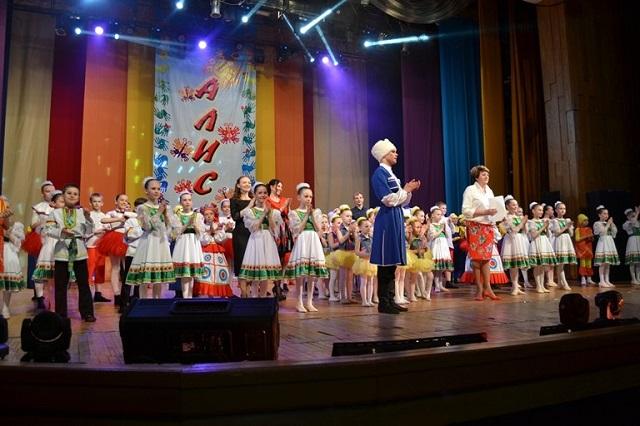 Звание «Заслуженный коллектив народного творчества» присвоено ансамблю танца «Алиса»