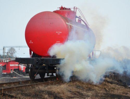 Подорвать цистерну с хлором угрожали «террористы» в Смидовиче
