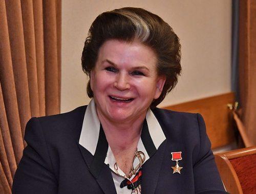 Терешкова откроет первое заседание Госдумы нового созыва, нарушив регламент