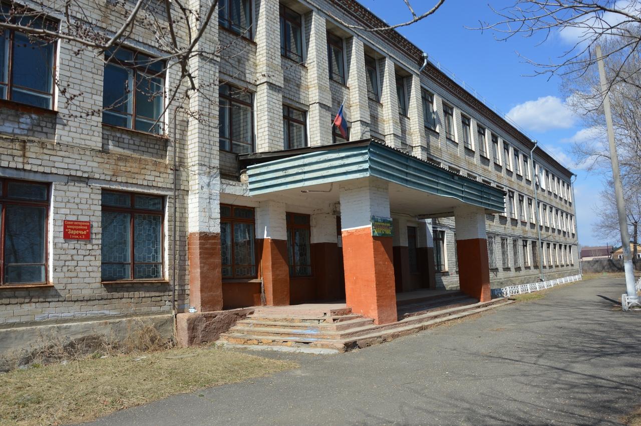«Поиграли и выбросили»: здание бывшей вечерней школы на ул. Кооперативной, 14 хотят передать в УФСИН