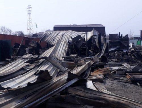 Два магазина сгорели в Смидовичском районе