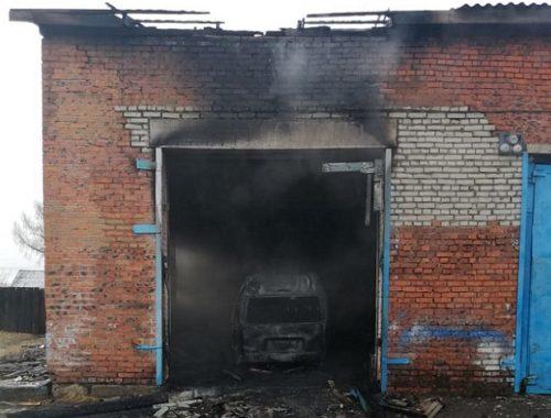 Самоизоляция не для пироманов: два поджога и одно возгорание произошли в ЕАО в субботу