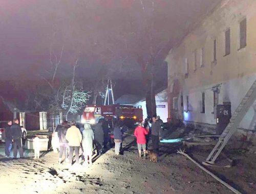 «Веселая ночка»: 20 человек были эвакуированы из горящего дома в Облучье