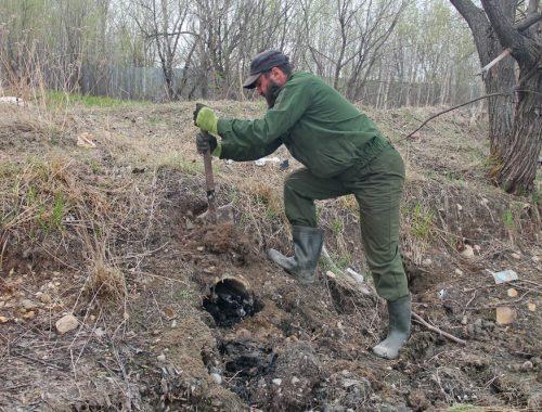 Гиви обезвредил «фекальную трубу» в селе Птичник