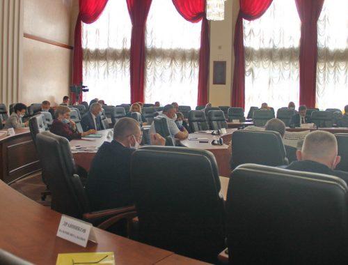 Единороссы «похоронили» повышение зарплаты учителям и врачам в ЕАО