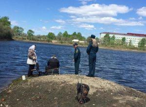 Биробиджанские спасатели патрулируют водоемы в Биробиджане