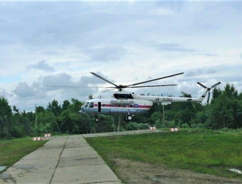 Спасатели экстренно доставили на вертолёте младенца из Биробиджана в Хабаровск для оказания медпомощи