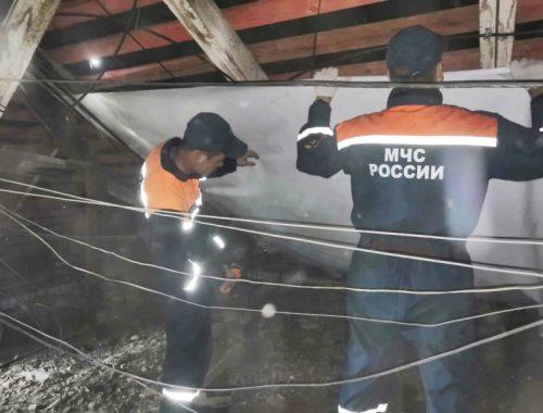 Более 70 спасателей ликвидируют последствия ЧС в Николаевке