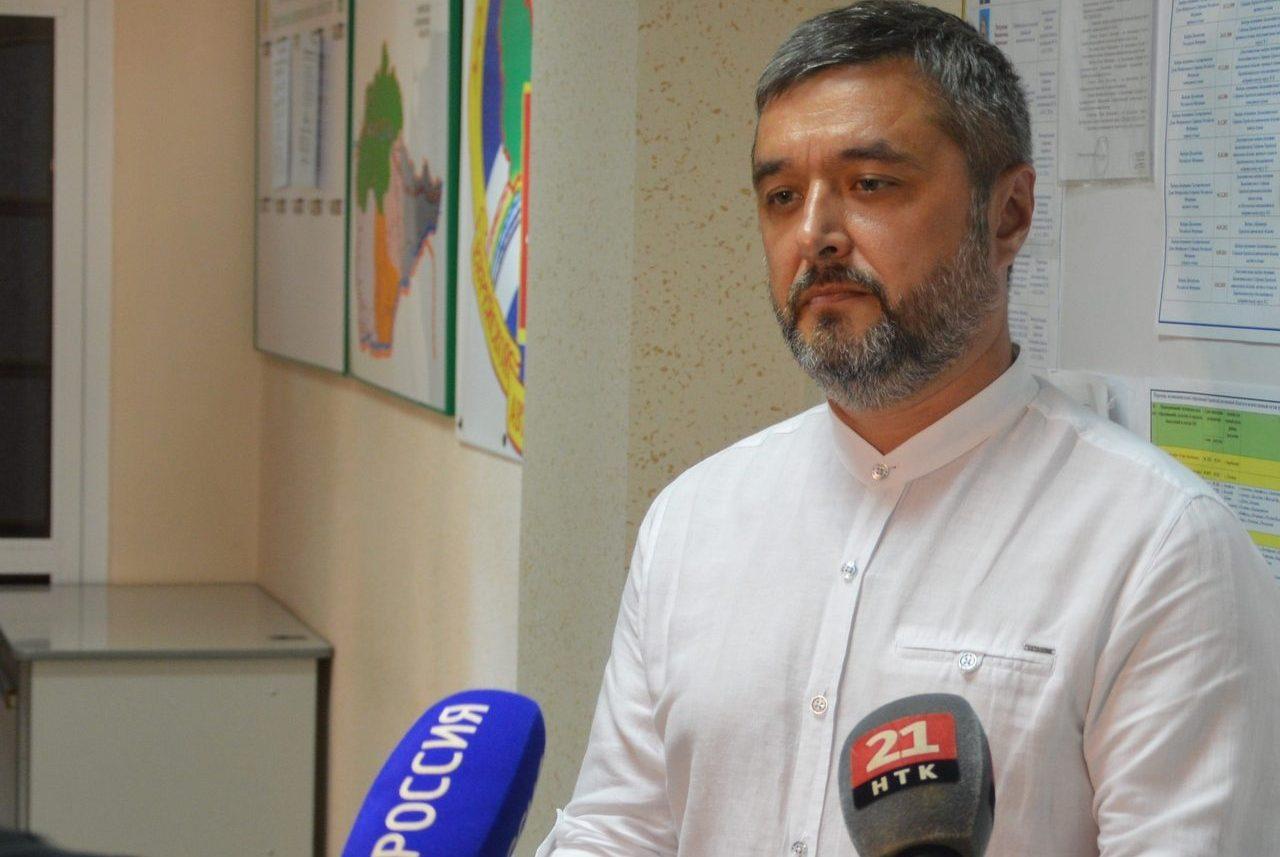 Максим Кукушкин сдал в облизбирком листы поддержки для прохождения муниципального фильтра