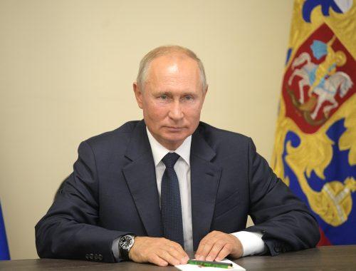 В Думу внесли законопроект, дающий Путину право вновь баллотироваться на пост президента