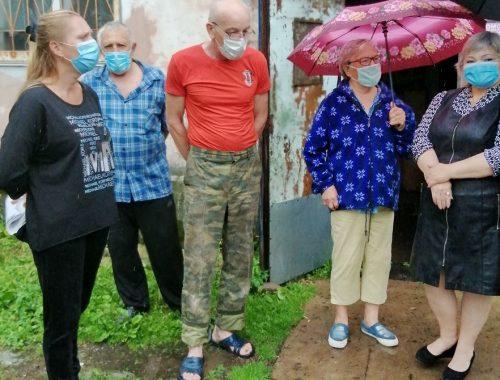 Жильцы аварийного дома в Биробиджане продолжают борьбу за переселение