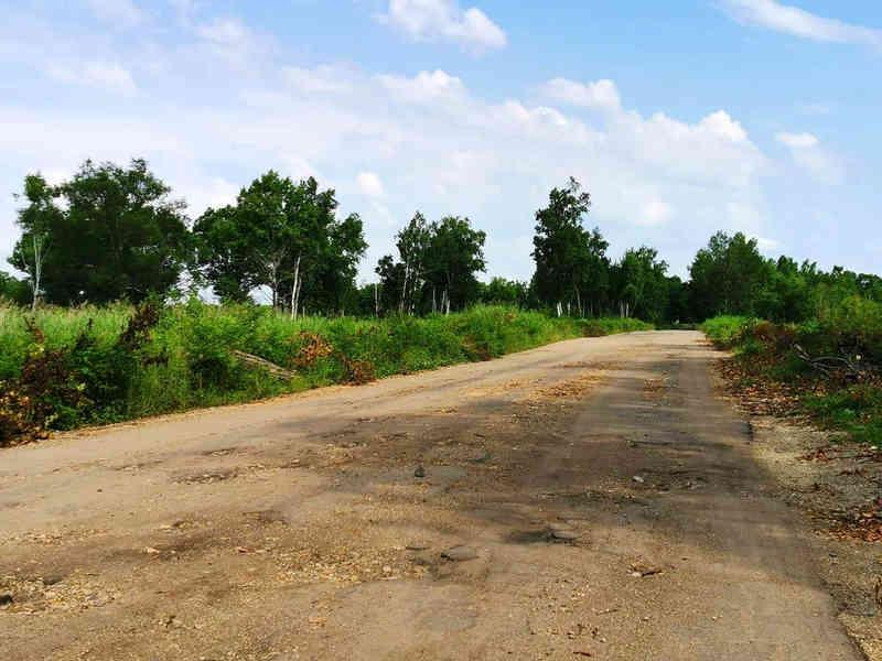 В Биробиджане начали ремонтировать дорогу на Щукинку