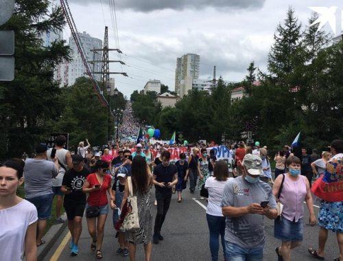 В Хабаровске продолжаются акции протеста в поддержку арестованного Фургала