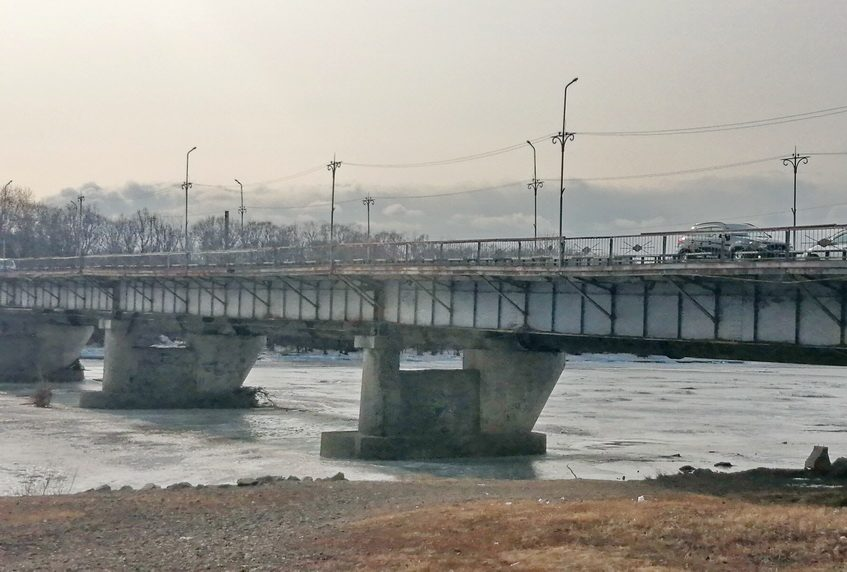 Реконструкция моста через Биру повисла в воздухе