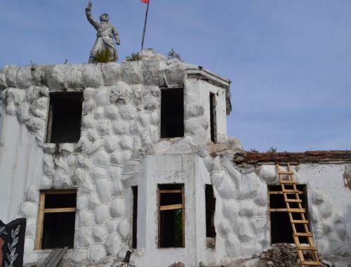 Началась реставрация Волочаевского мемориального комплекса на сопке Июнь-Корань в ЕАО