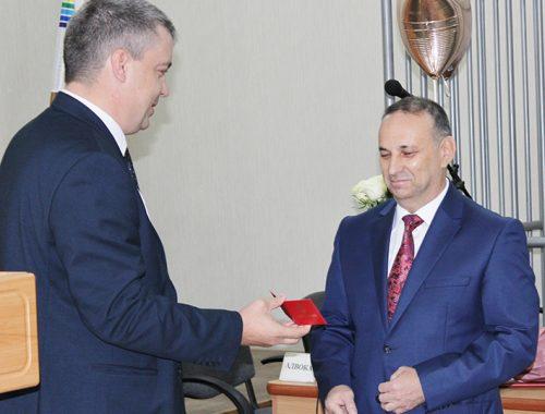 В почетную отставку вышел судья областного суда Александр Кнепман