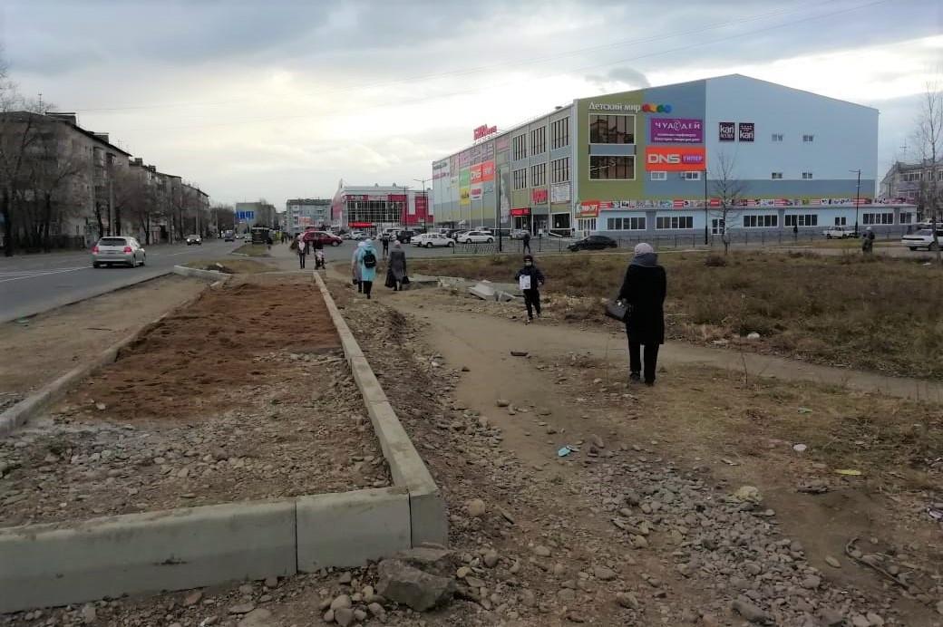 Автобусная остановка рядом с мамедовским торговым центром обойдётся городскому бюджету в 1,5 млн рублей