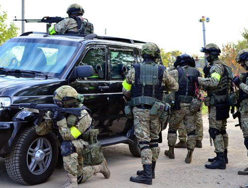 «Террористы» захватили администрацию Облученского района ЕАО. Спецназовцы их обезвредили
