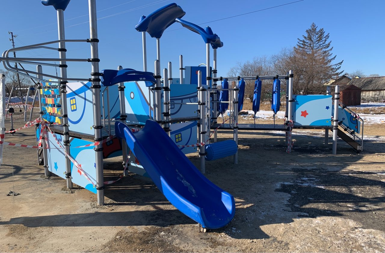 Прокуратура проверит новые детские площадки в ЕАО