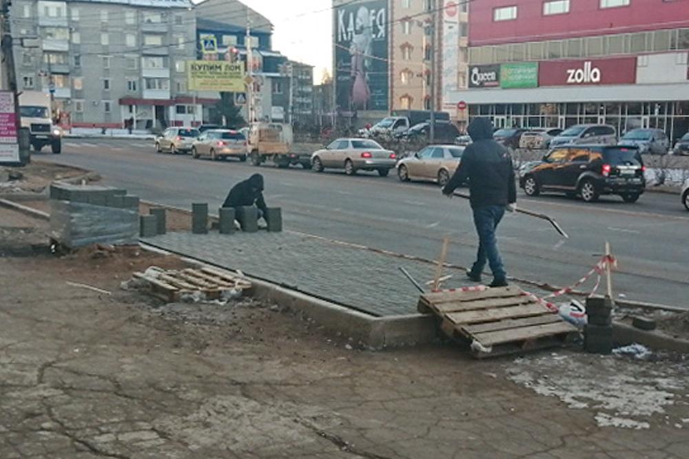 Разруха на биробиджанских остановках привлекла внимание прокуратуры