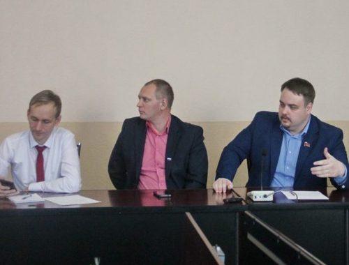 «Это неуважение к избирателям»: руководитель фракции КПРФ в гордуме прокомментировал отставку Куликова