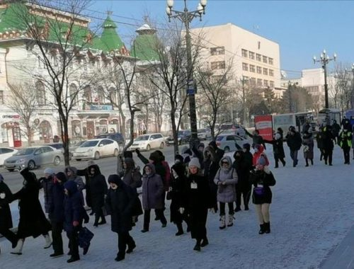 Мороз не остановил участников акции в поддержку Фургала в Хабаровске