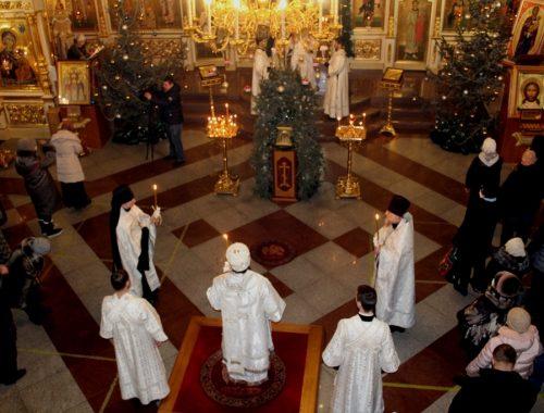 Верующие ЕАО встретили Рождество Христово